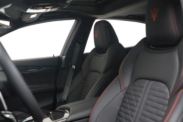 New 2022 Maserati Quattroporte Modena Q4 for sale $128,775 at Pagani of Greenwich in Greenwich CT 06830 14