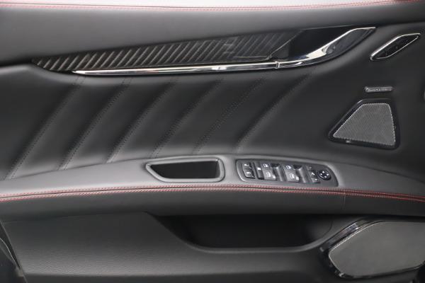 New 2022 Maserati Quattroporte Modena Q4 for sale $128,775 at Pagani of Greenwich in Greenwich CT 06830 15