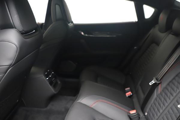 New 2022 Maserati Quattroporte Modena Q4 for sale $128,775 at Pagani of Greenwich in Greenwich CT 06830 16
