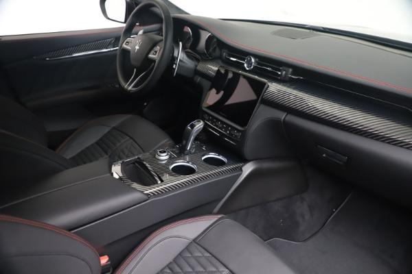 New 2022 Maserati Quattroporte Modena Q4 for sale $128,775 at Pagani of Greenwich in Greenwich CT 06830 17