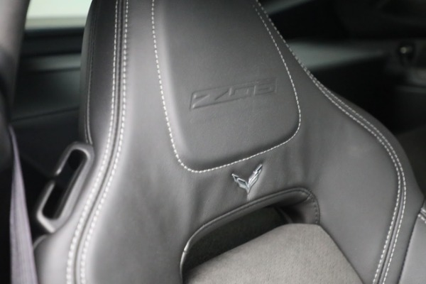 Used 2016 Chevrolet Corvette Z06 for sale $85,900 at Pagani of Greenwich in Greenwich CT 06830 25
