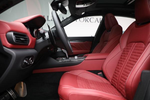 New 2022 Maserati Levante Trofeo for sale $155,045 at Pagani of Greenwich in Greenwich CT 06830 14