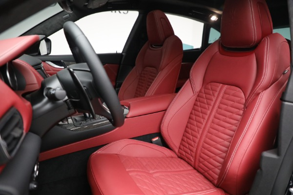 New 2022 Maserati Levante Trofeo for sale $155,045 at Pagani of Greenwich in Greenwich CT 06830 15