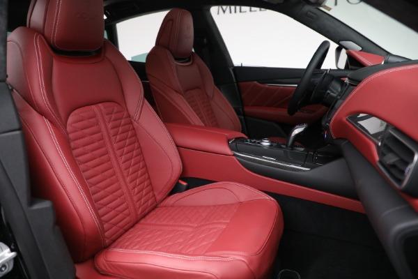 New 2022 Maserati Levante Trofeo for sale $155,045 at Pagani of Greenwich in Greenwich CT 06830 28