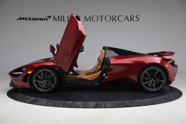 New 2022 McLaren 720S Spider for sale $382,090 at Pagani of Greenwich in Greenwich CT 06830 15