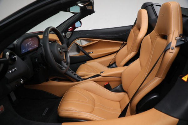 New 2022 McLaren 720S Spider for sale $382,090 at Pagani of Greenwich in Greenwich CT 06830 22