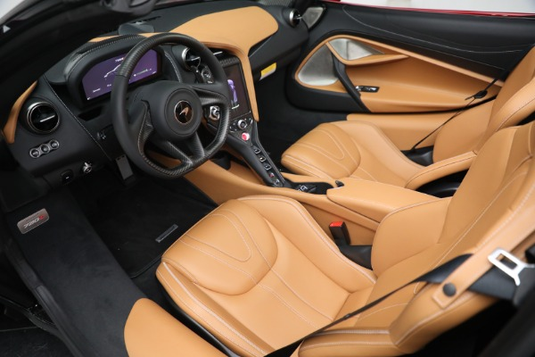 New 2022 McLaren 720S Spider for sale $382,090 at Pagani of Greenwich in Greenwich CT 06830 23