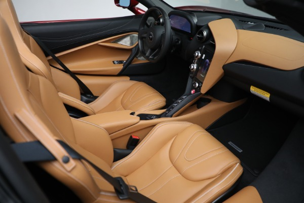 New 2022 McLaren 720S Spider for sale $382,090 at Pagani of Greenwich in Greenwich CT 06830 27