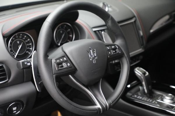 New 2022 Maserati Levante GT for sale $95,965 at Pagani of Greenwich in Greenwich CT 06830 17