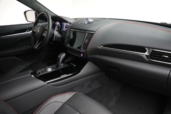 New 2022 Maserati Levante GT for sale $95,965 at Pagani of Greenwich in Greenwich CT 06830 24