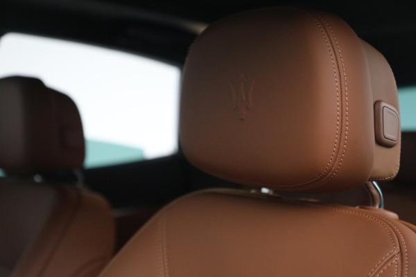 New 2022 Maserati Levante Modena for sale $104,545 at Pagani of Greenwich in Greenwich CT 06830 16