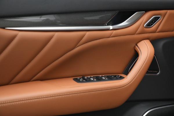 New 2022 Maserati Levante Modena for sale $104,545 at Pagani of Greenwich in Greenwich CT 06830 19