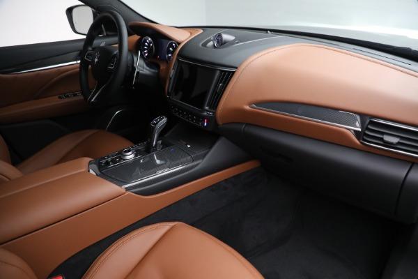 New 2022 Maserati Levante Modena for sale $104,545 at Pagani of Greenwich in Greenwich CT 06830 24
