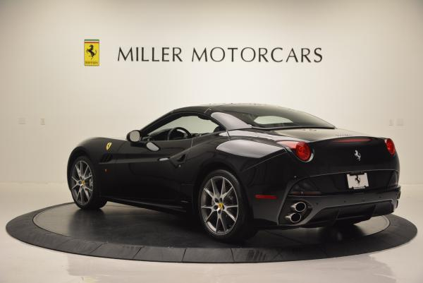 Used 2012 Ferrari California for sale Sold at Pagani of Greenwich in Greenwich CT 06830 17