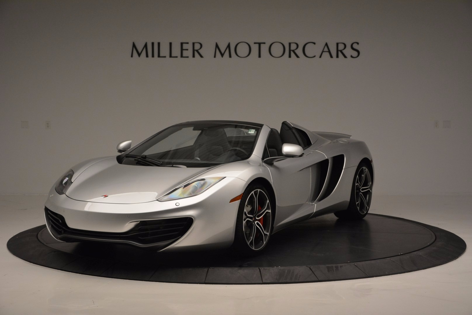 Used 2014 McLaren MP4-12C Spider for sale Sold at Pagani of Greenwich in Greenwich CT 06830 1