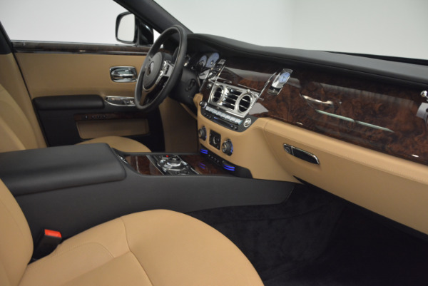 Used 2011 Rolls-Royce Ghost for sale Sold at Pagani of Greenwich in Greenwich CT 06830 27
