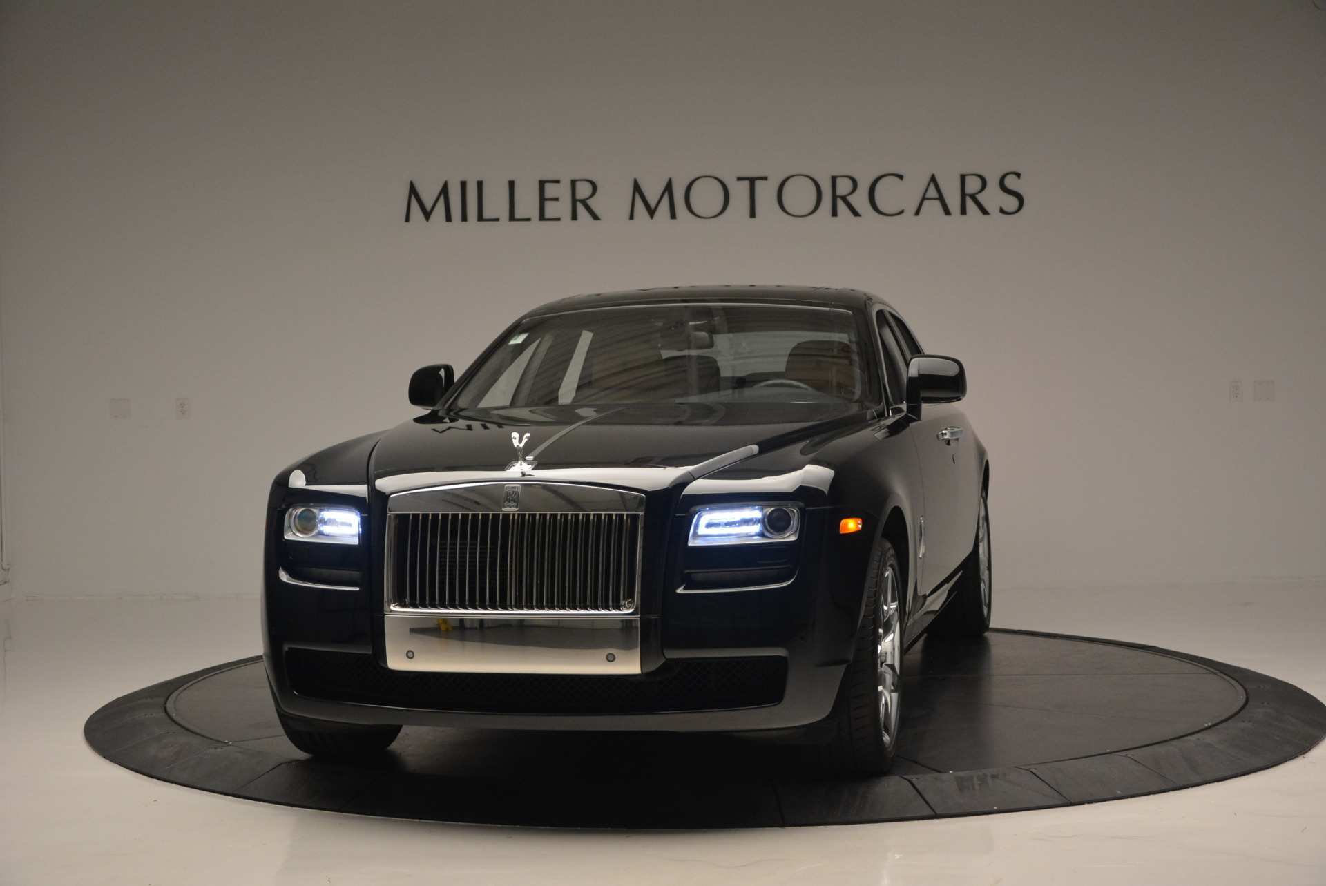 Used 2011 Rolls-Royce Ghost for sale Sold at Pagani of Greenwich in Greenwich CT 06830 1