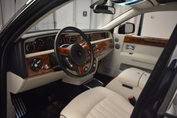 Used 2011 Rolls-Royce Phantom for sale Sold at Pagani of Greenwich in Greenwich CT 06830 10