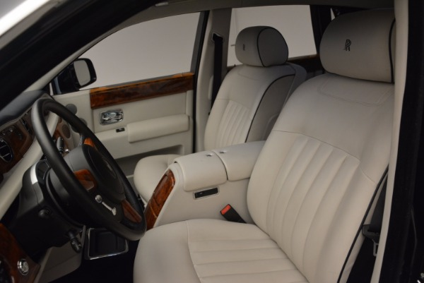 Used 2011 Rolls-Royce Phantom for sale Sold at Pagani of Greenwich in Greenwich CT 06830 11