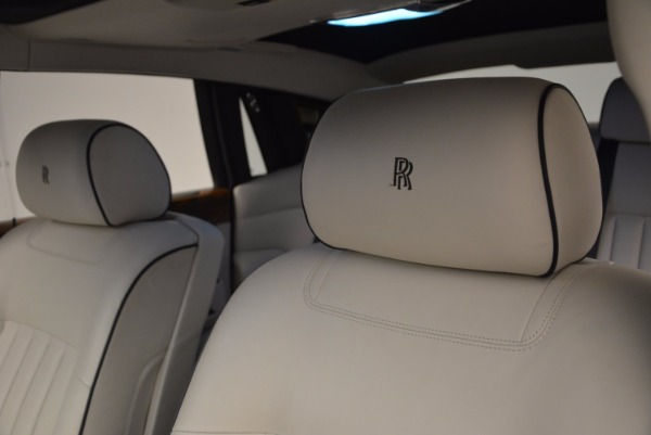 Used 2011 Rolls-Royce Phantom for sale Sold at Pagani of Greenwich in Greenwich CT 06830 12