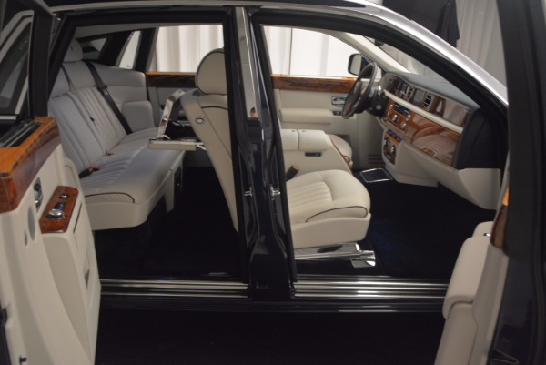 Used 2011 Rolls-Royce Phantom for sale Sold at Pagani of Greenwich in Greenwich CT 06830 18
