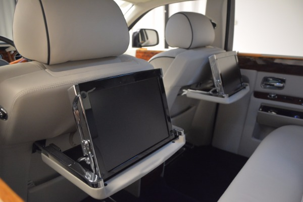 Used 2011 Rolls-Royce Phantom for sale Sold at Pagani of Greenwich in Greenwich CT 06830 21