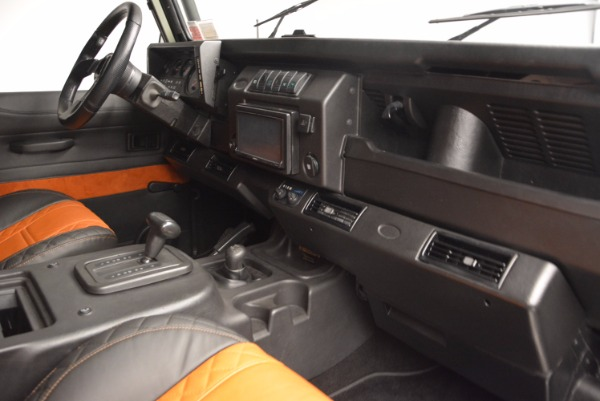 Used 1997 Land Rover Defender 90 for sale Sold at Pagani of Greenwich in Greenwich CT 06830 17