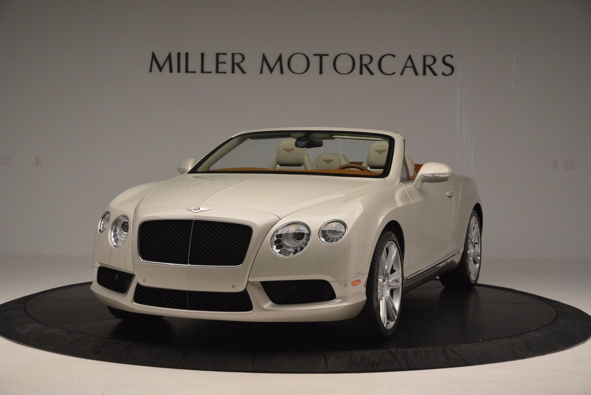 Used 2013 Bentley Continental GTC V8 for sale Sold at Pagani of Greenwich in Greenwich CT 06830 1