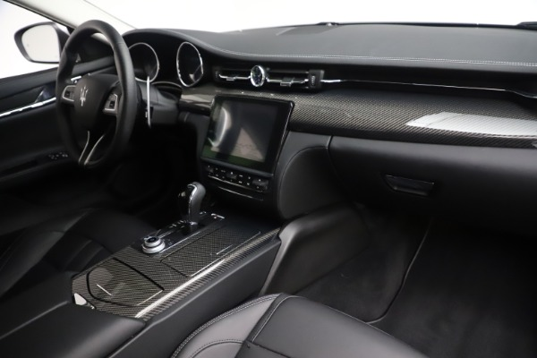 Used 2017 Maserati Quattroporte S Q4 GranSport for sale Sold at Pagani of Greenwich in Greenwich CT 06830 21