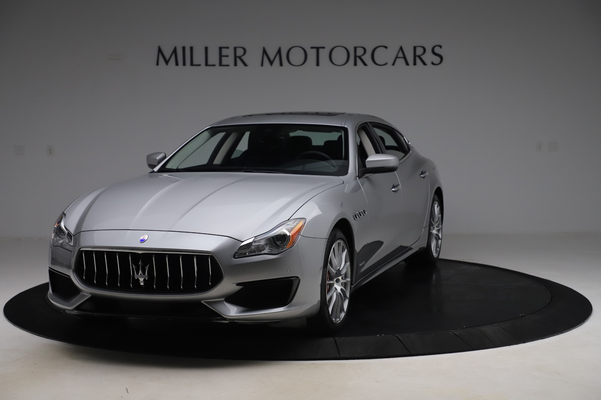 Used 2017 Maserati Quattroporte S Q4 GranSport for sale Sold at Pagani of Greenwich in Greenwich CT 06830 1