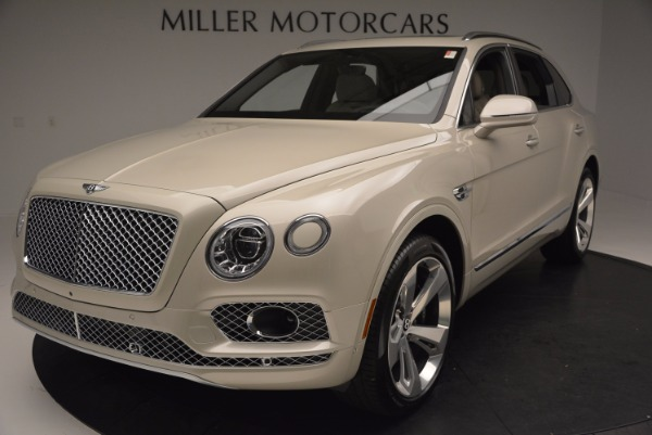 Used 2017 Bentley Bentayga for sale Sold at Pagani of Greenwich in Greenwich CT 06830 13