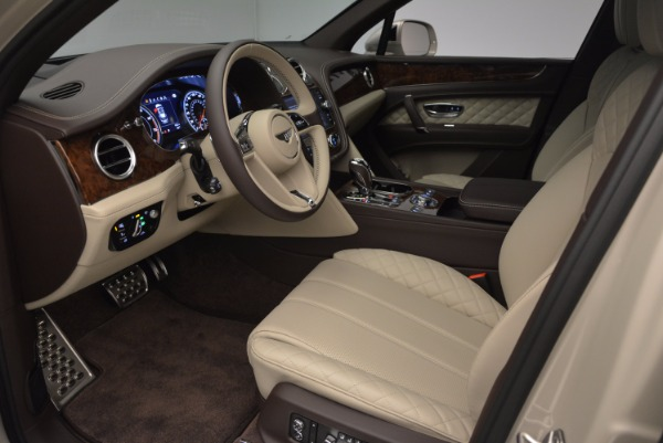 Used 2017 Bentley Bentayga for sale Sold at Pagani of Greenwich in Greenwich CT 06830 19