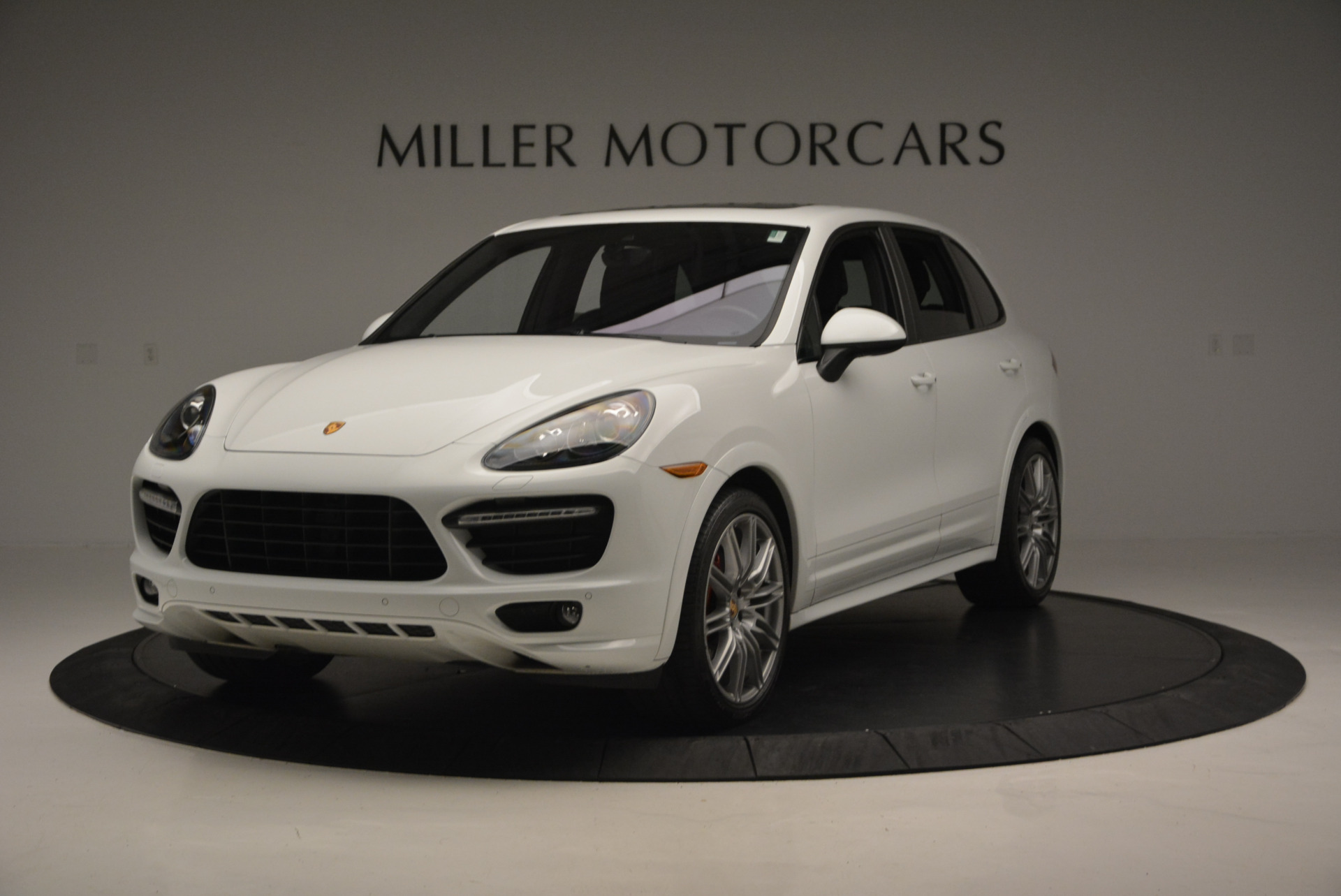 Used 2014 Porsche Cayenne GTS for sale Sold at Pagani of Greenwich in Greenwich CT 06830 1