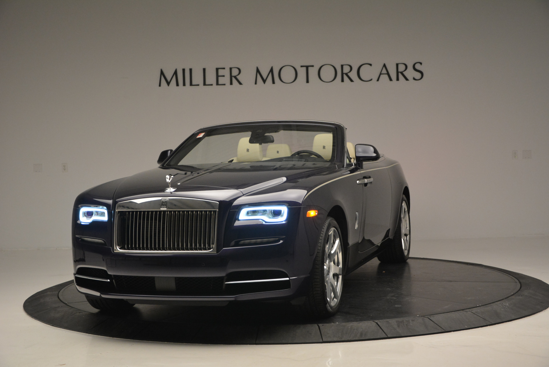 New 2016 Rolls-Royce Dawn for sale Sold at Pagani of Greenwich in Greenwich CT 06830 1