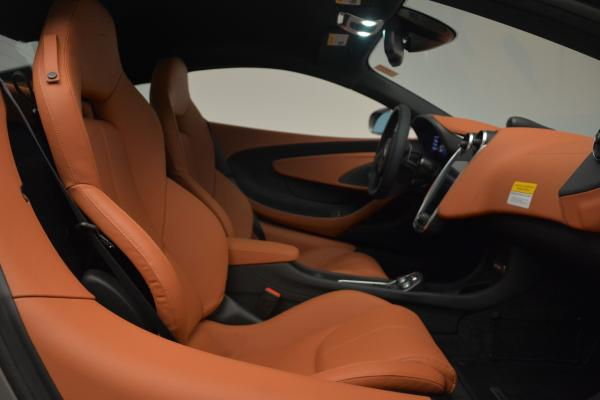 New 2016 McLaren 570S for sale Sold at Pagani of Greenwich in Greenwich CT 06830 19
