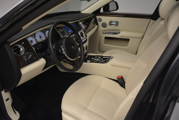 Used 2013 Rolls-Royce Ghost for sale Sold at Pagani of Greenwich in Greenwich CT 06830 25