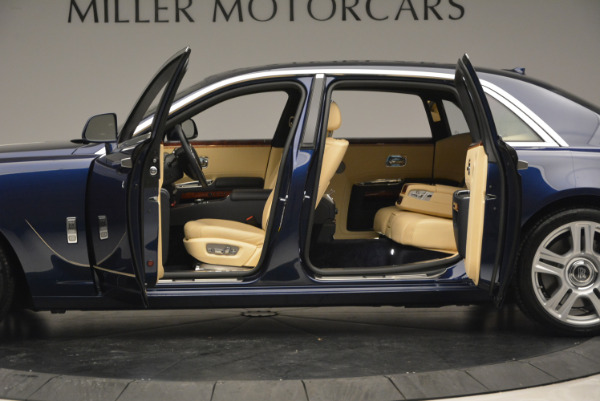 Used 2016 Rolls-Royce Ghost EWB for sale Sold at Pagani of Greenwich in Greenwich CT 06830 15