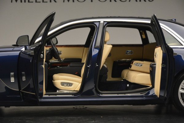 Used 2016 Rolls-Royce Ghost EWB for sale Sold at Pagani of Greenwich in Greenwich CT 06830 16