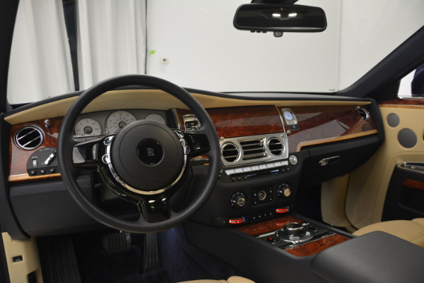 Used 2016 Rolls-Royce Ghost EWB for sale Sold at Pagani of Greenwich in Greenwich CT 06830 19