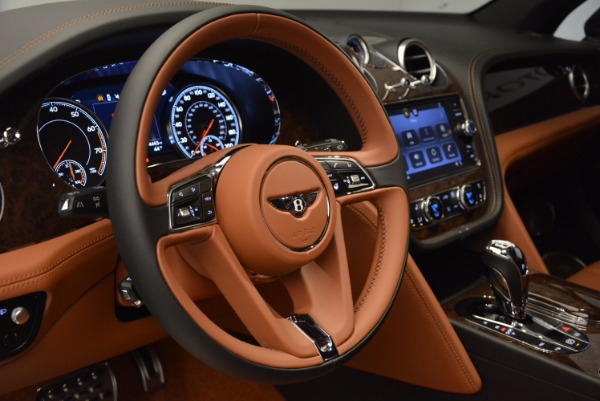Used 2017 Bentley Bentayga for sale Sold at Pagani of Greenwich in Greenwich CT 06830 26