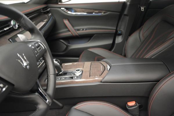 Used 2017 Maserati Quattroporte S Q4 GranLusso for sale Sold at Pagani of Greenwich in Greenwich CT 06830 14