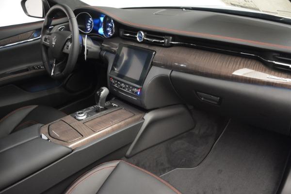 Used 2017 Maserati Quattroporte S Q4 GranLusso for sale Sold at Pagani of Greenwich in Greenwich CT 06830 19
