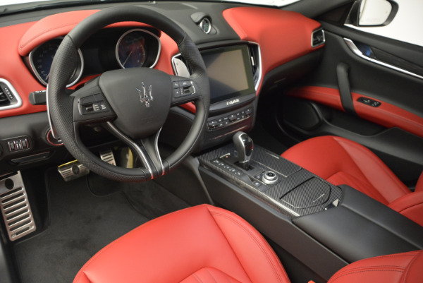 Used 2017 Maserati Ghibli S Q4 for sale Sold at Pagani of Greenwich in Greenwich CT 06830 13