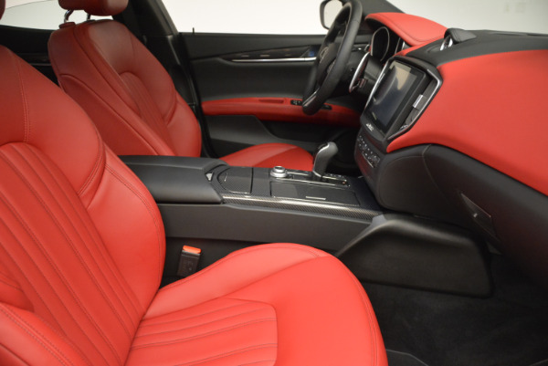 Used 2017 Maserati Ghibli S Q4 for sale $49,900 at Pagani of Greenwich in Greenwich CT 06830 21