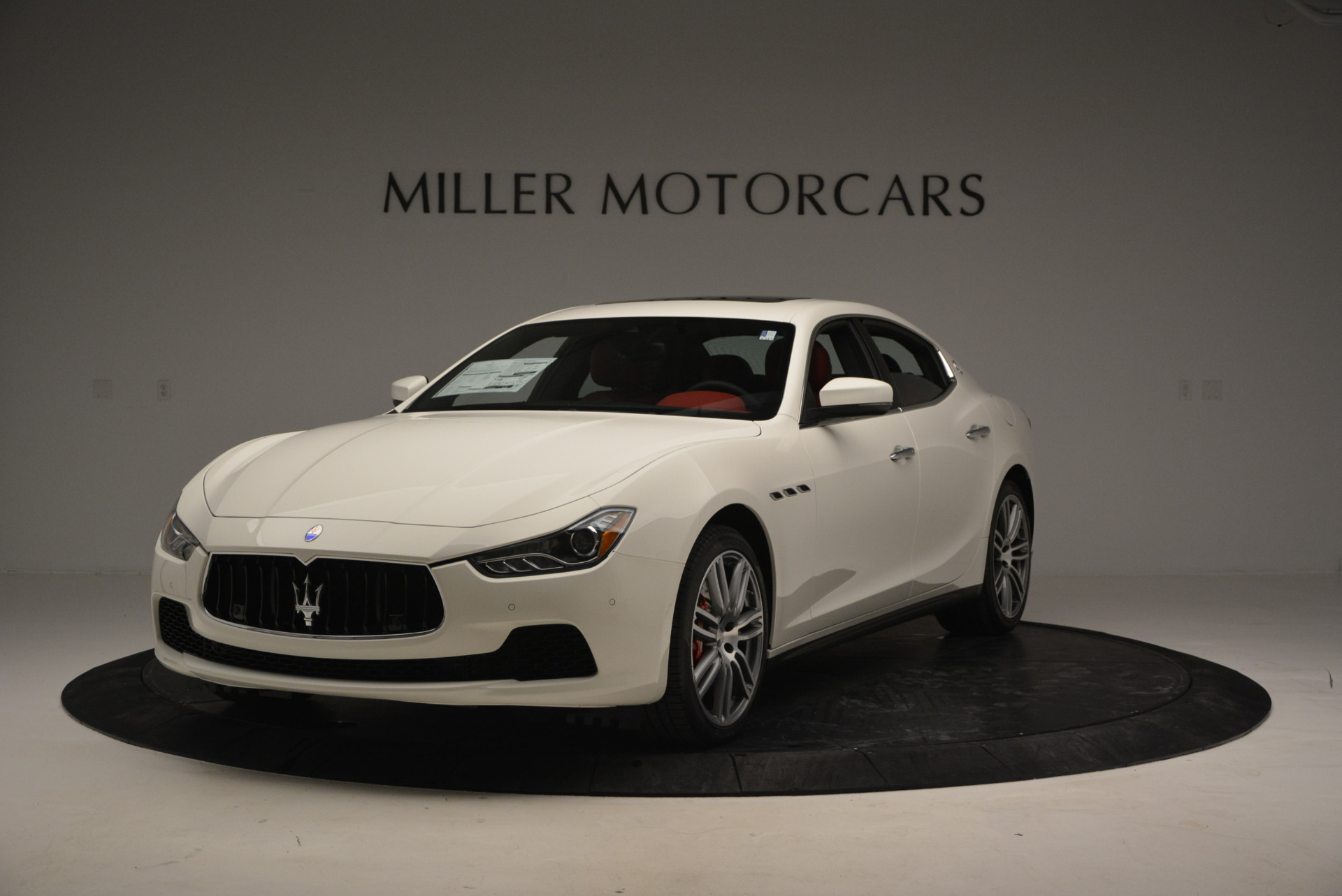 Used 2017 Maserati Ghibli S Q4 for sale $49,900 at Pagani of Greenwich in Greenwich CT 06830 1