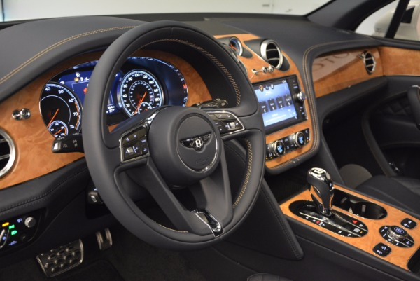 New 2017 Bentley Bentayga for sale Sold at Pagani of Greenwich in Greenwich CT 06830 27