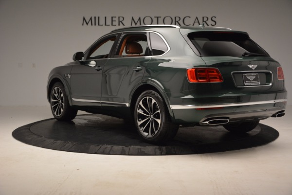 Used 2017 Bentley Bentayga W12 for sale $135,900 at Pagani of Greenwich in Greenwich CT 06830 5