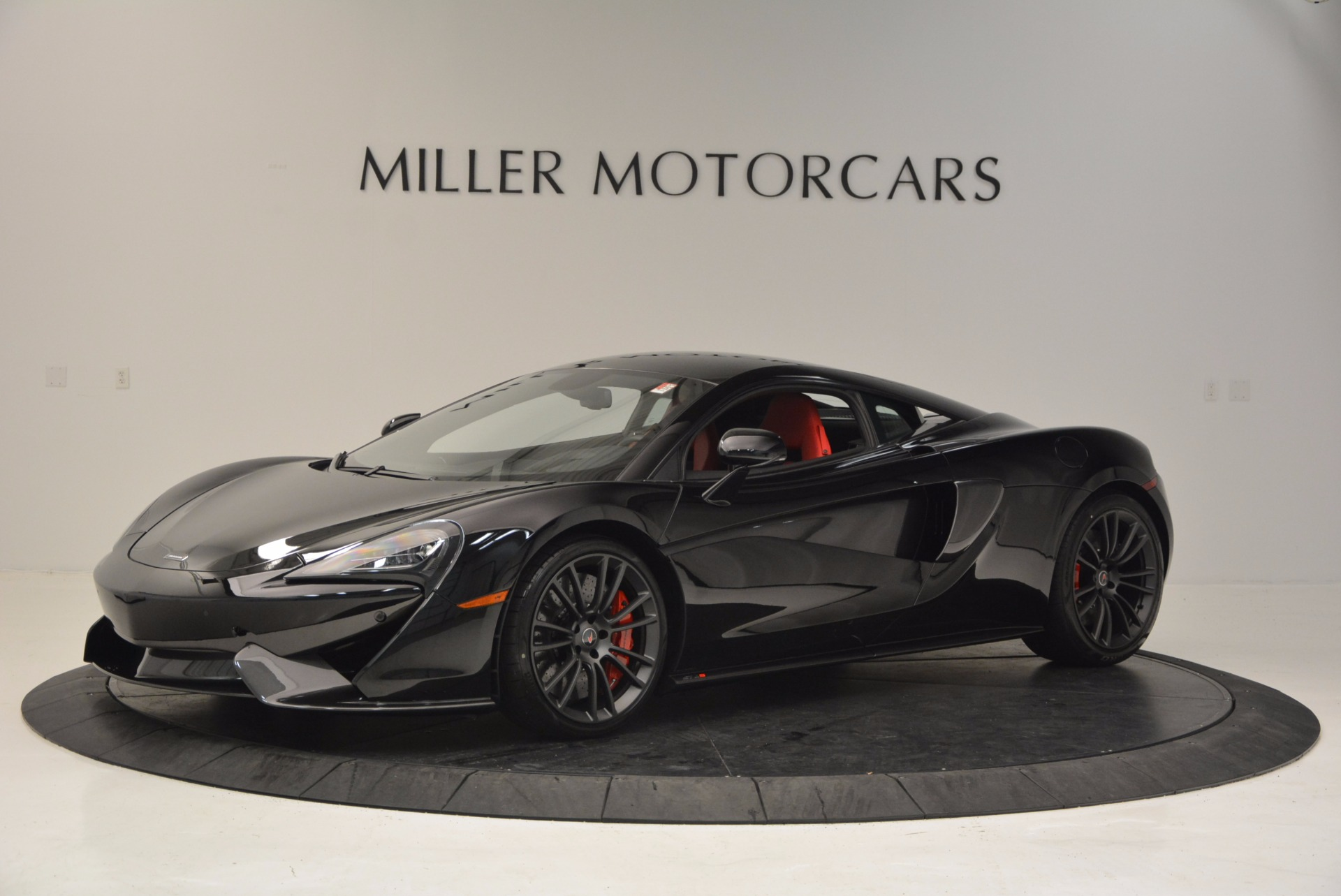 Used 2017 McLaren 570S for sale $149,900 at Pagani of Greenwich in Greenwich CT 06830 1