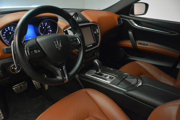 Used 2014 Maserati Ghibli S Q4 for sale Sold at Pagani of Greenwich in Greenwich CT 06830 13