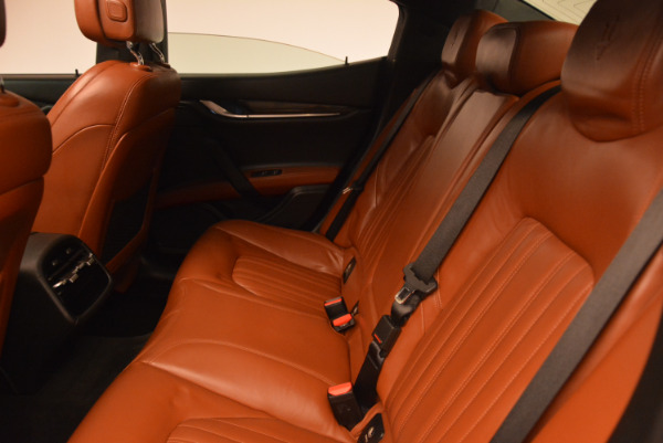 Used 2014 Maserati Ghibli S Q4 for sale Sold at Pagani of Greenwich in Greenwich CT 06830 18